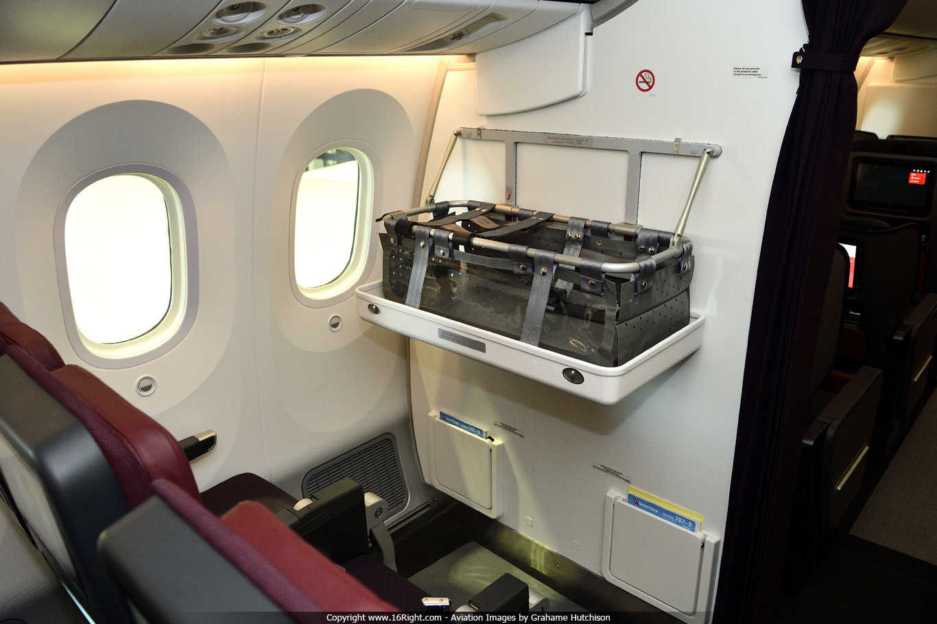 On Board The New Qantas Boeing 787-9 Dreamliner - 16Right News